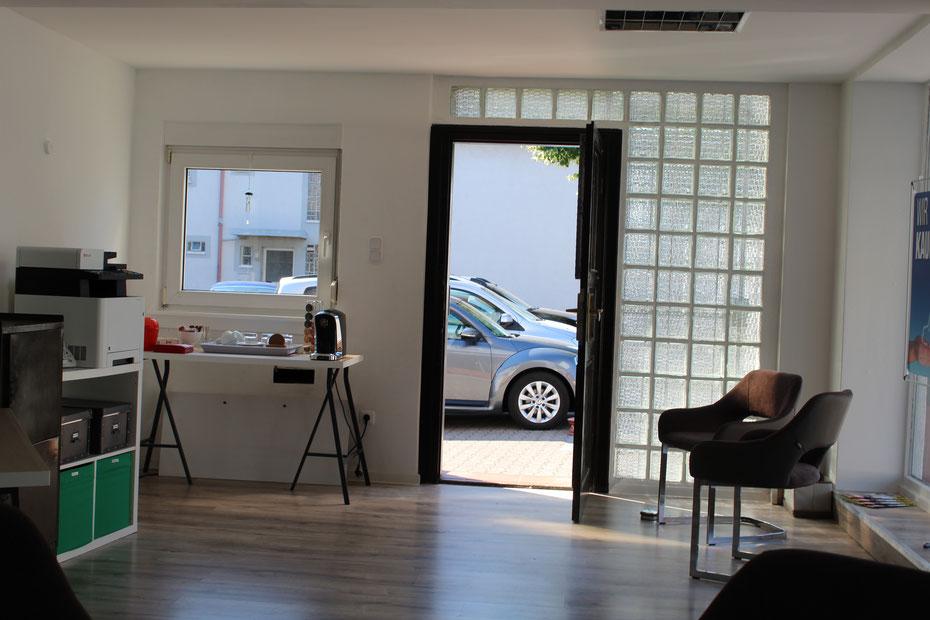 Fahrzeugvermittlung ankauf verkauf barzahlung gebrauchtwagen Fahrzeugagentur24 Autohaus Autohändler KFZ Handel Werkstatt Versicherung Auto Gebrauchtwagen Günstig angebote