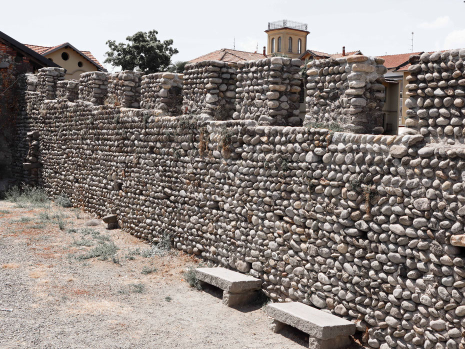 Cinta muraria del Ricetto di Candelo (Biella) - Foto Gloria Carraro