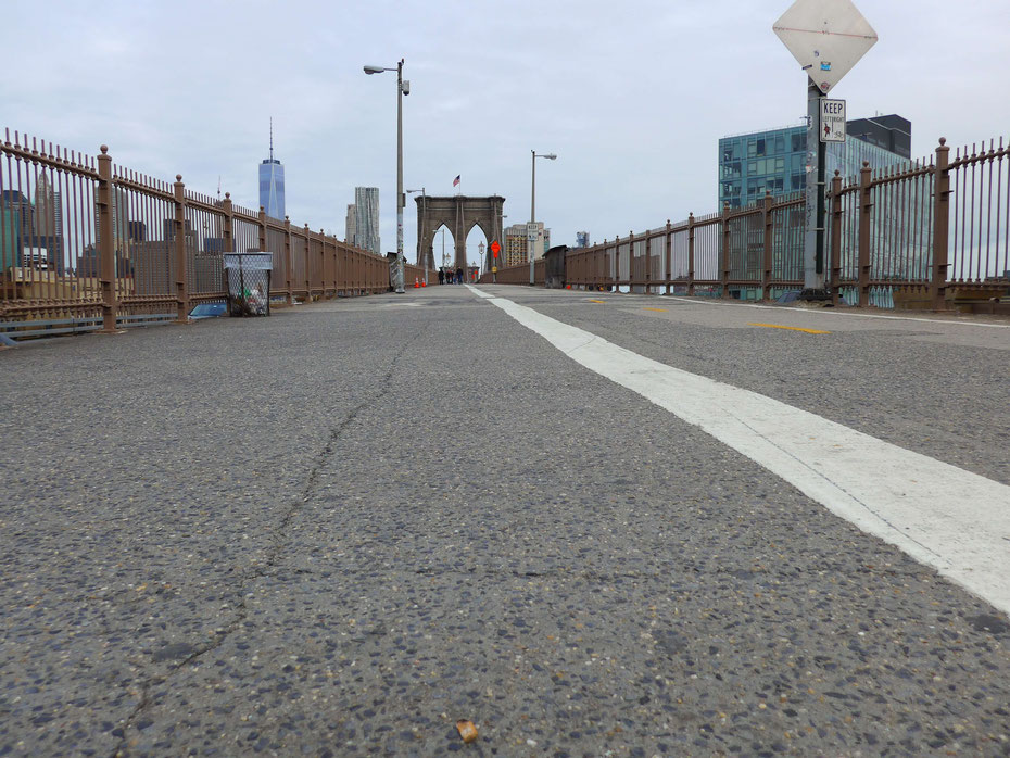 So leer sieht man die Brooklyn Bridge nur am frühen Morgen.