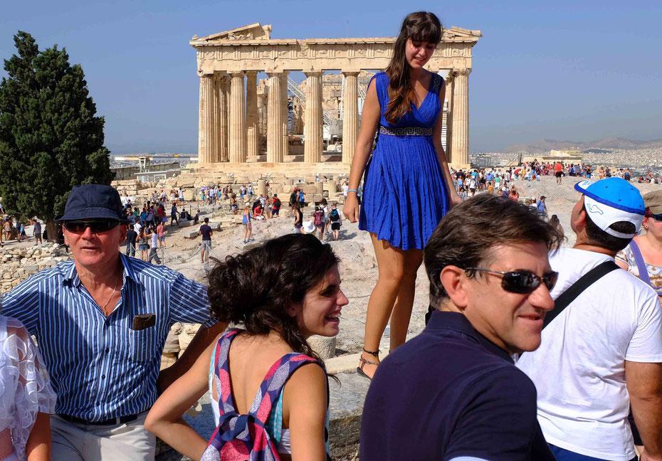 Mathieu Guillochon photographe, voyage, Grèce, Athènes, Acropole, temple, art, architecture, Phidias, Parthénon, touristes, robe bleuecouleurs.