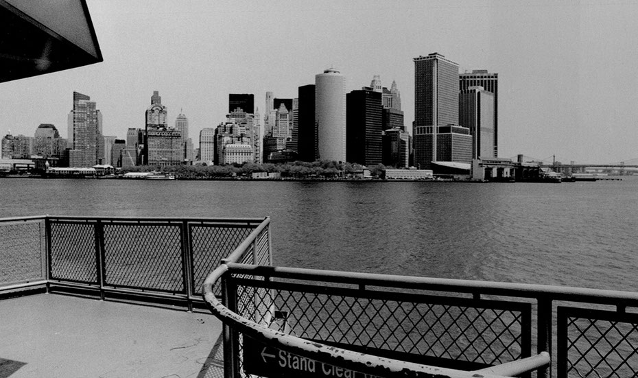 Photographie, New York, bateau de staten island, Manhattan, skyline, argentique, noir et blanc,  visualisme, Mathieu Guillochon, architecture, art, USA, Alpha City