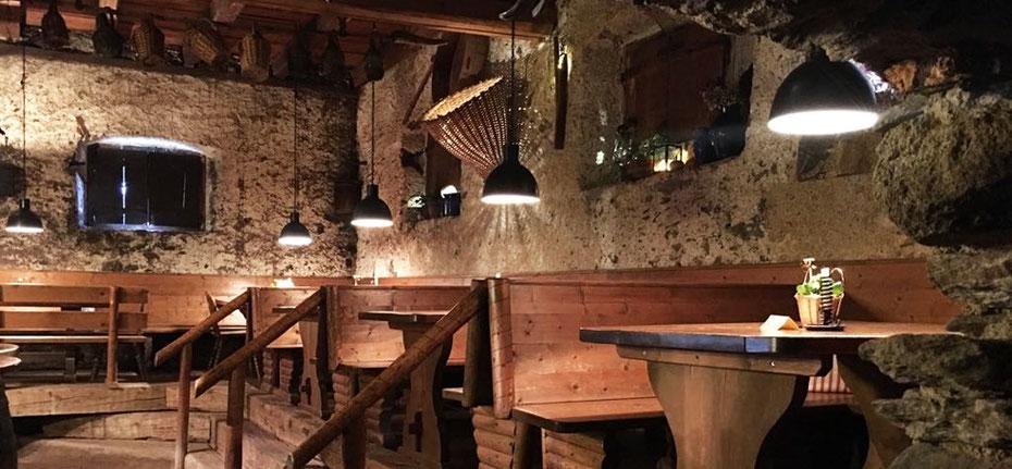Gl gglkeller buschenschank lana gourmet s dtirol for Hotel in lana sudtirol