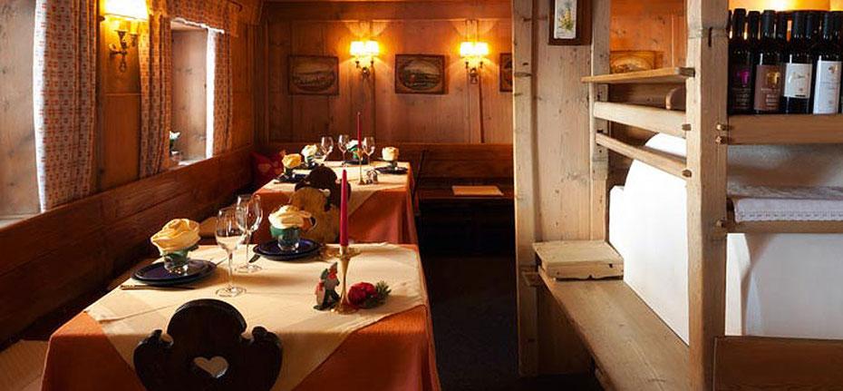 Ristorante a Bolzano Restaurant in Bozen Pizzeria Marechiaro Bozen Bolzano Restaurant. Gourmet Südtirol