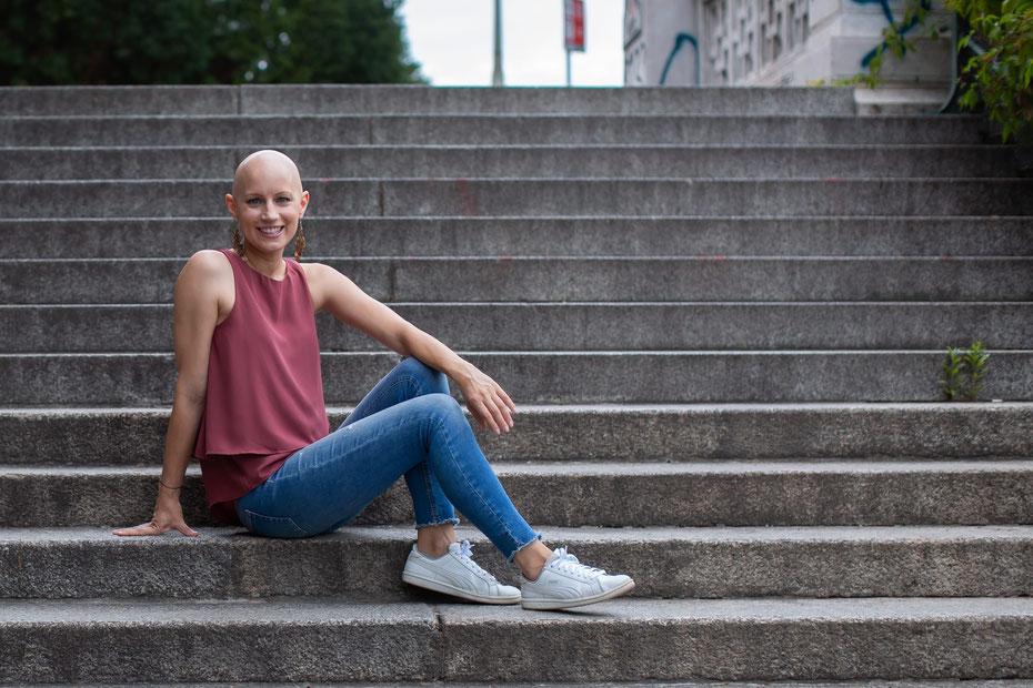 Katharina Mühl mein Umgang  mit der Autimmunkrankheit Alopecia Areata (kreisrunder Haarausfall)