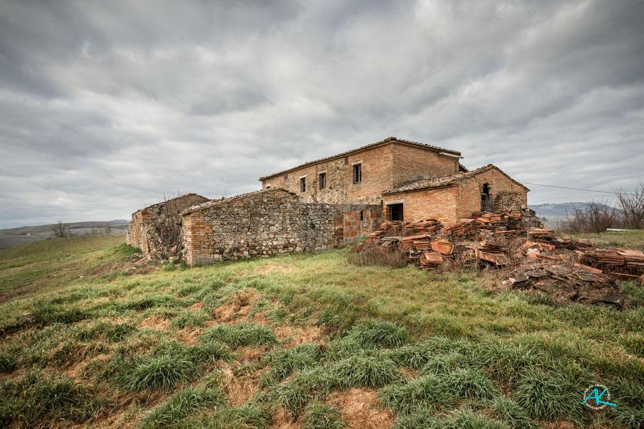 Der 200 Jahre alte Teil des Anwesens von Nordosten