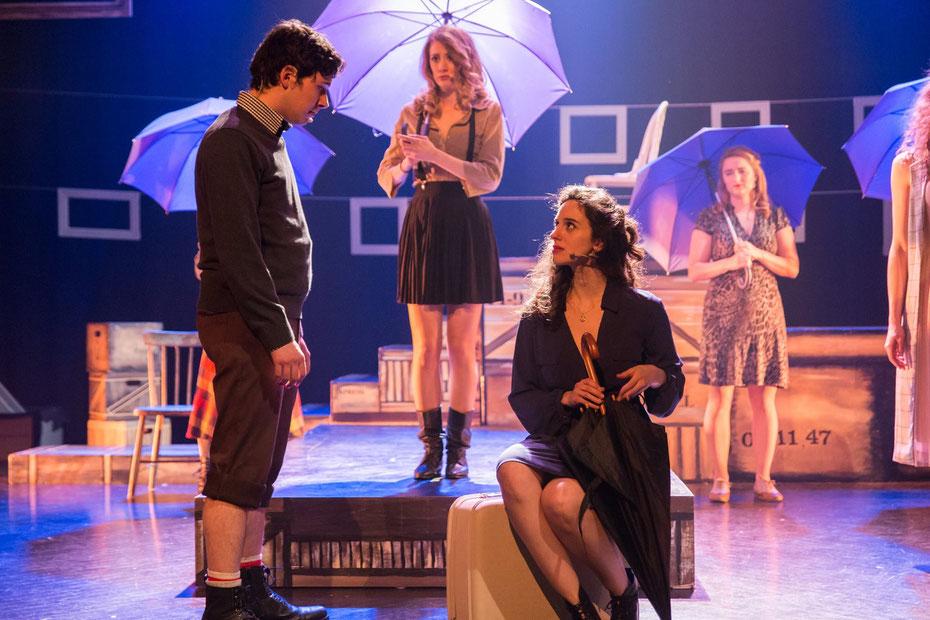 Annie Kim Thériault dans AMSTERDAM (Théâtre Le Gesù) © Maison Corbeau