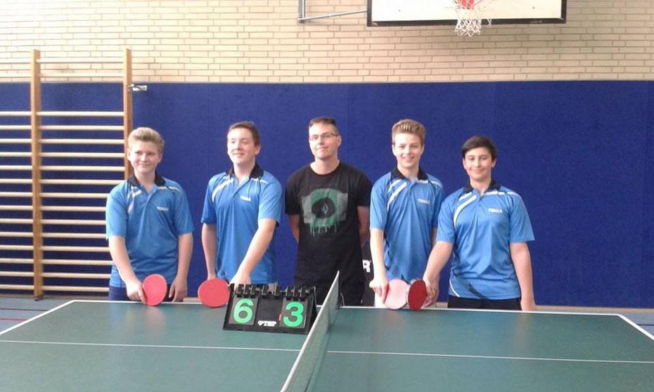 Unser Bild zeigt v.l.n.r. Schmitt Max, Link Jonas, Betreuer Paquet Carsten, Becker Julian, Maringer Fabio