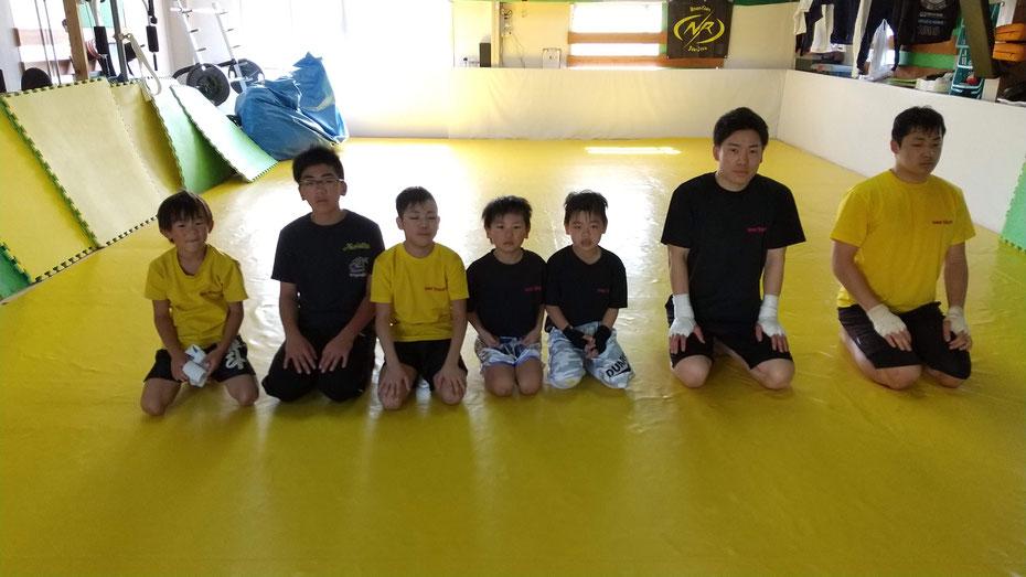 奈良県でグローブ空手、キックボクシングをするならteamYAMATO奈良新大宮支部で。親切丁寧な指導です。