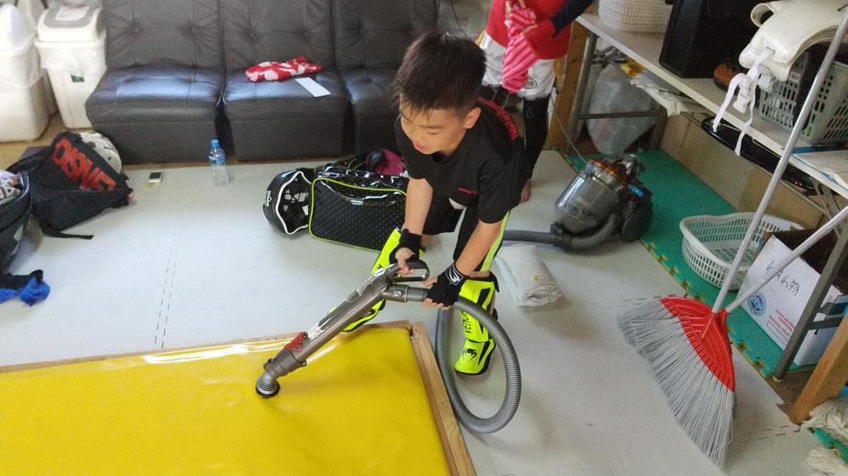 奈良県でキックボクシングをするならK-1アマチュア公認ジムのteamYAMATO。ちゃんと掃除もしてます。