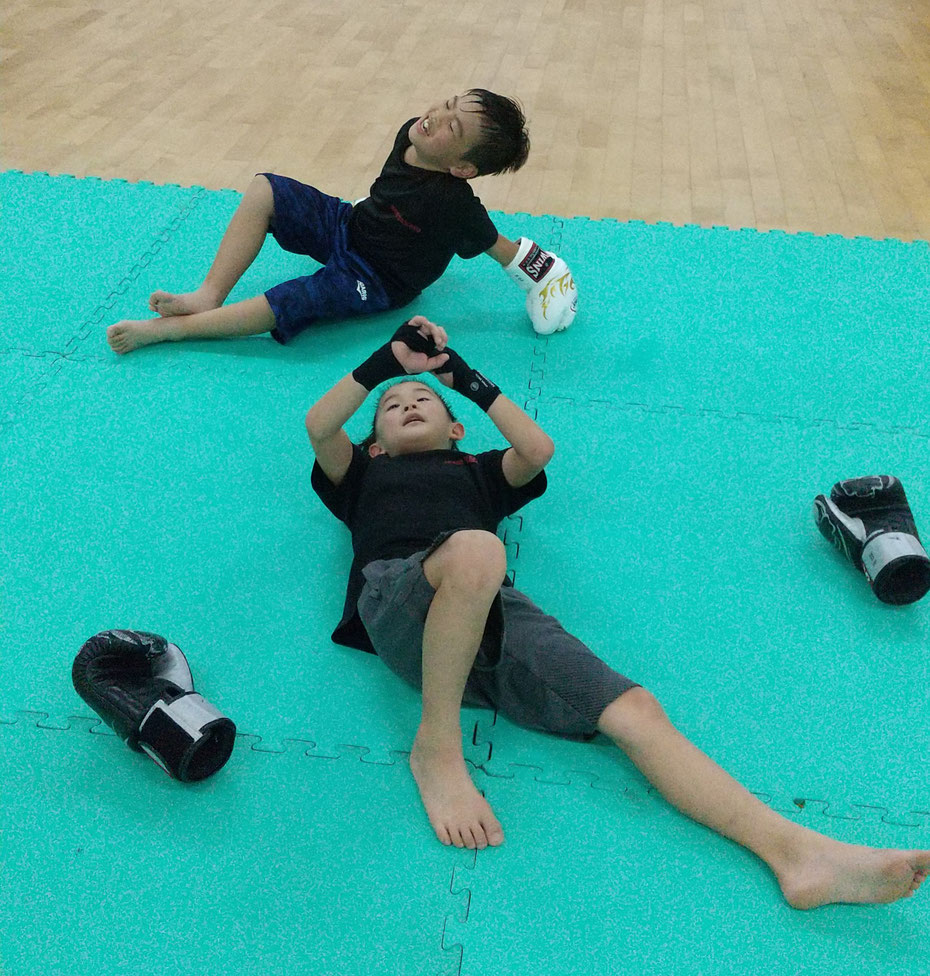 teamYAMATO奈良北支部【西大寺】でのキックボクシングの練習。疲れてます。