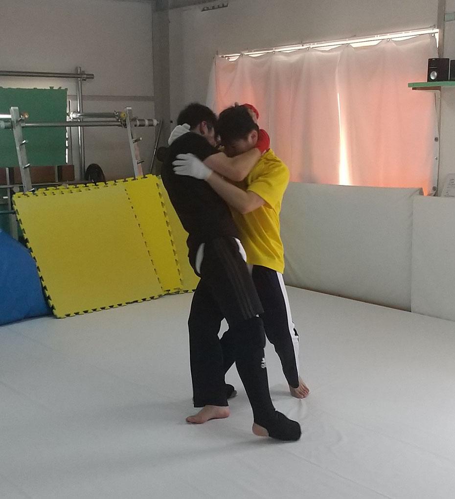 ダイエット、健康、運動、スポーツ、体力、キックボクシングは最適です。楽しくキックボクシングしましょう。