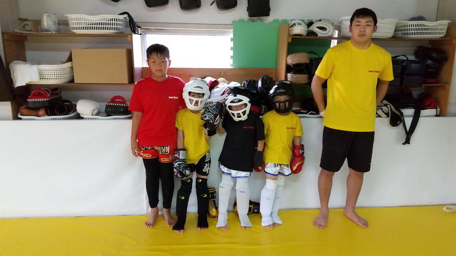 teamYAMATO奈良新大宮支部 小学生、中学生のキックボクシング練習生。格闘技大好きなジュニア。