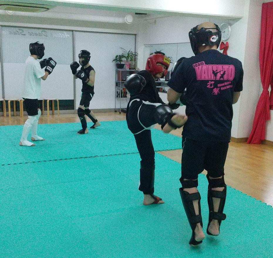 teamYAMATOの一般部も活気が出てきました。キックボクシングを楽しもう。