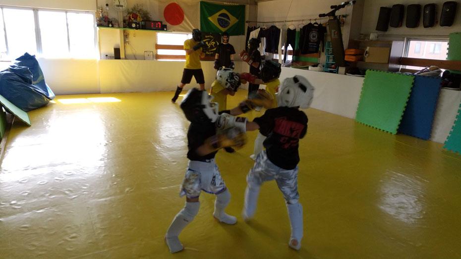 奈良県奈良市にキックボクシングteamYAMATO奈良新大宮支部はあります。生駒、天理、京都、大和郡山から近いです。