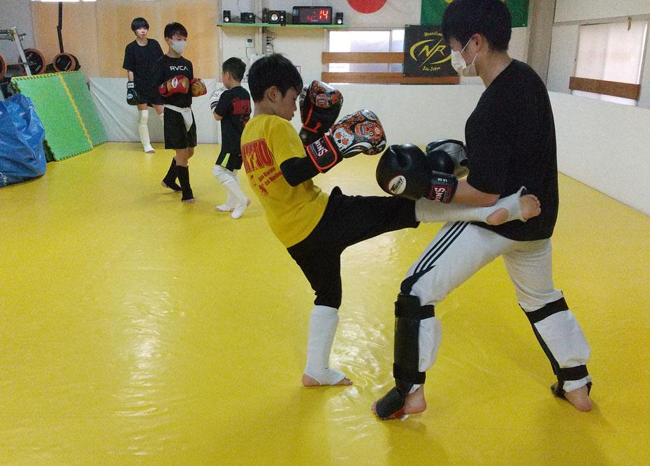 奈良県でキックボクシングをするならK-1アマチュア公認ジムのteamYAMATO