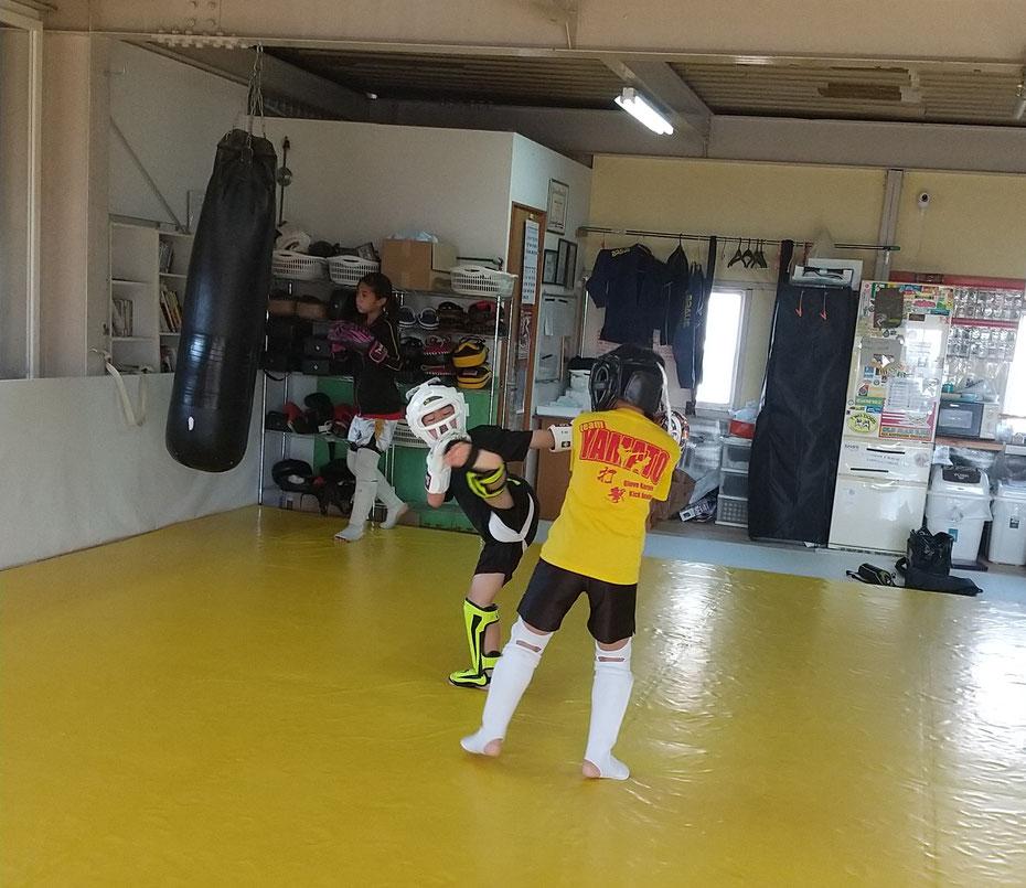 奈良県でキックボクシングをするならK-1アマチュア公認ジムのteamYAMATO。初心者大歓迎