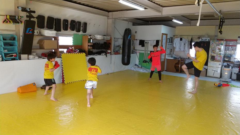 奈良県で格闘技、キックボクシングをするならteamYAMATO奈良新大宮支部で。