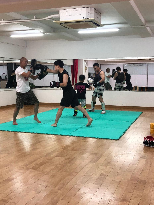 teamYAMATO奈良北支部【西大寺】でのキックボクシング練習。新規メンバー増えています。
