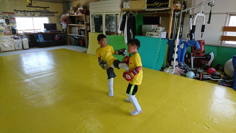 フルコン空手経験者もキックボクシングに転向。