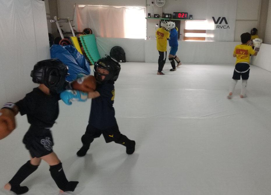 奈良県でキックボクシングをするならK-1アマチュア公認ジムのteamYAMATO。奈良県奈良市。