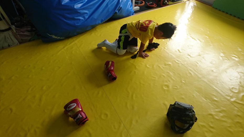 奈良県奈良市でグローブ空手、キックボクシングするならteamYAMATO奈良新大宮支部。フルコンカラテ経験者も多数。