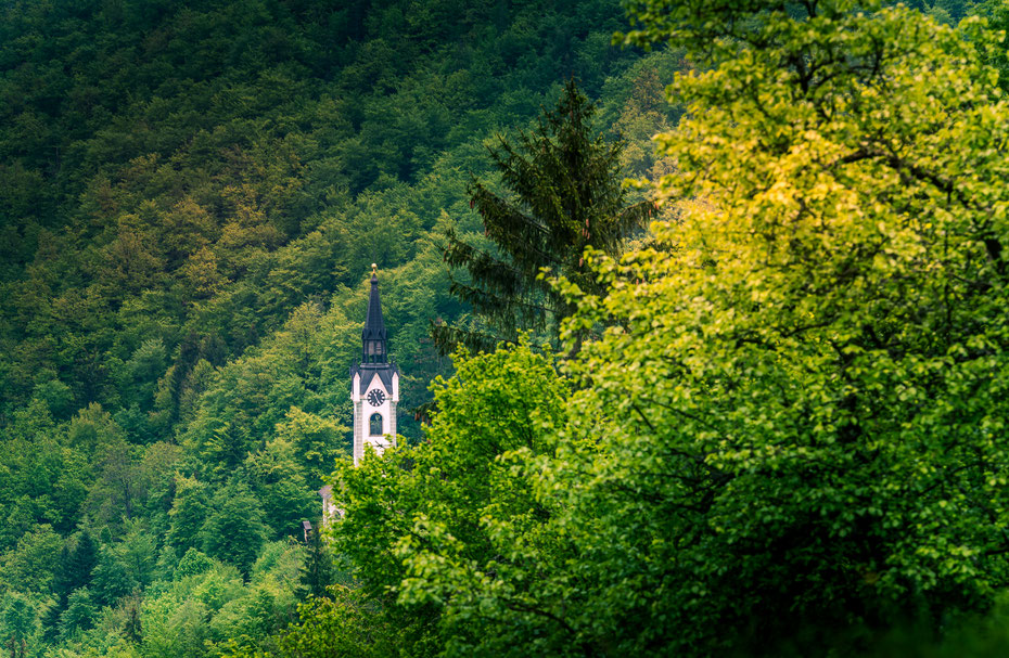 """Slowenien - eines dieser für mich unbekannten Länder """"nebenan"""". Also wurde es höchste Zeit für mich das kleine Land zu entdecken. Das Wetter lässt mich zwar noch im Stich, aber ich habe mir ja etwas Zeit genommen."""
