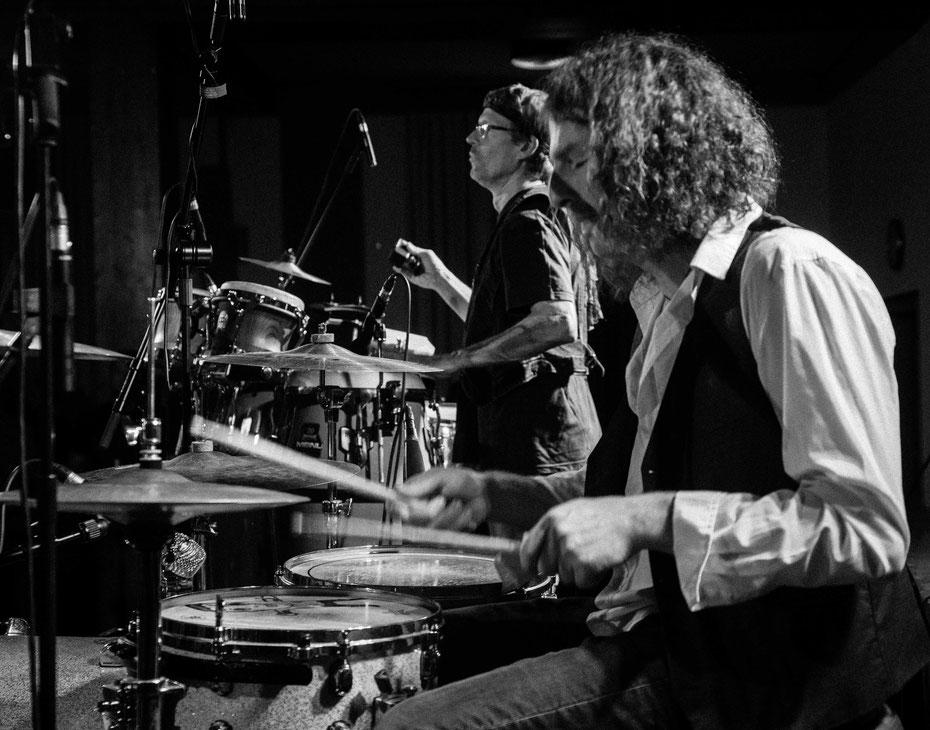 Percussions. Die Powerflowers bringen die Stadthalle Markdorf bei der SCM Rocknacht zum kochen. (November 2016)