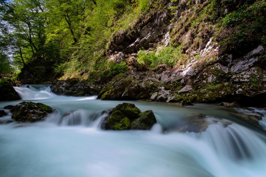 Ein weicher Teppich aus Wasser obwohl der Fluss an dieser Stelle ziemlich schnell über die Kaskaden rauscht - trotz Big Stopper und 0.9 ND Filter konnte ich die Belichtung auf maximal 10 Sekunden hochschrauben. Trotzdem ein phantastischer Effekt!