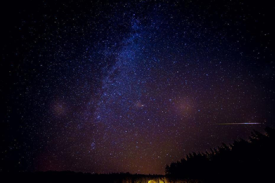 Walking on the Milkyway - mit bloßem Auge schon zu sehen, entfaltet die Milchstraße mit der richtigen Belichtungstechnik ihre ganze Schönheit. [12-08-2018]