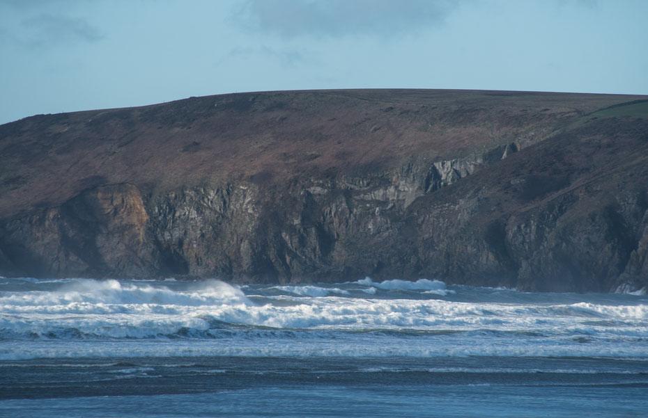 Die Küste von Pembrokeshire. Wild und wunderschön! Leider hatte ich nur einen kleinen Teil meines Equipments auf dem Roadtrip dabei. Die Wolken im Wind hätten bestimmt spektakuläre Langzeitbelichtungen gebracht...