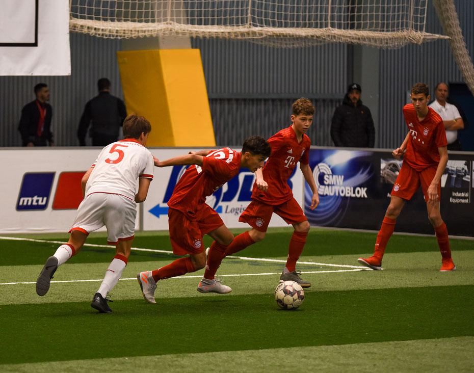 Auch die U15 des deutschen Rekordmeisters gab sich in Friedrichshafen die Ehre. Am Ende reichte es im starken Teilnehmerfeld zum dritten Platz.
