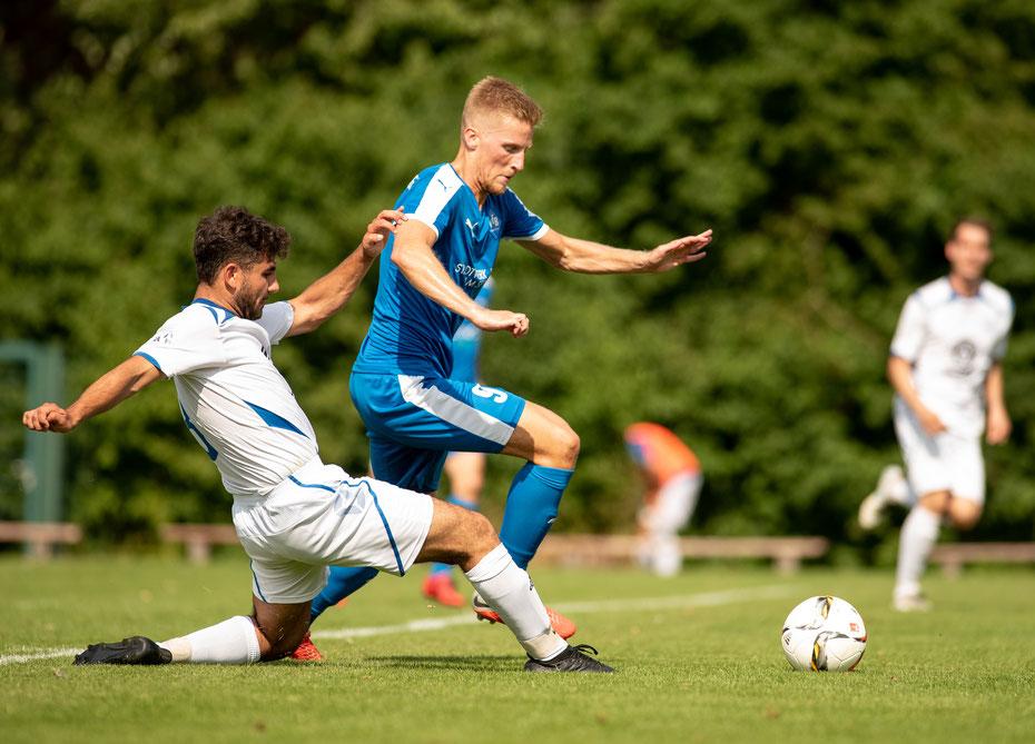 Den Reiz beim MARKDORF CUP machen die Derbies aus, wie hier das Spiel zwischem dem VfB Friedrichshafen und dem SC Markdorf.