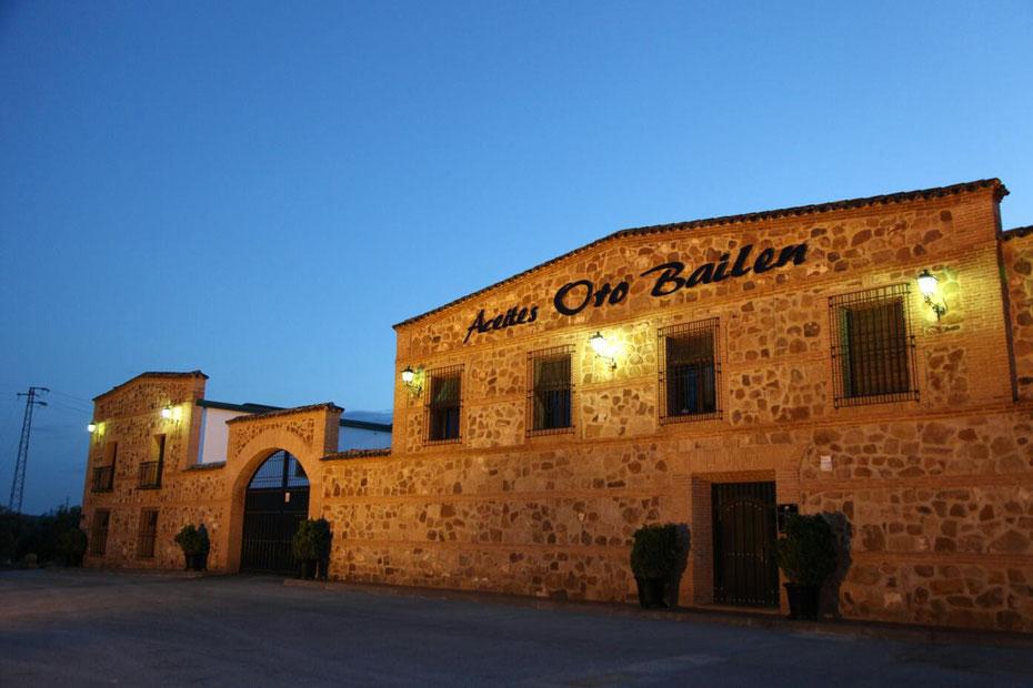 Hier wird das beste Olivenöl der Welt produziert: Galgón 99, S.L. Oro Bailén in Villanueva de la Reina, Andalusien, Spanien