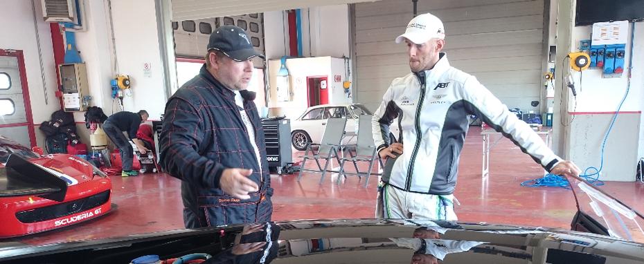 Chris Brück coacht Scuderia GT Fahrer