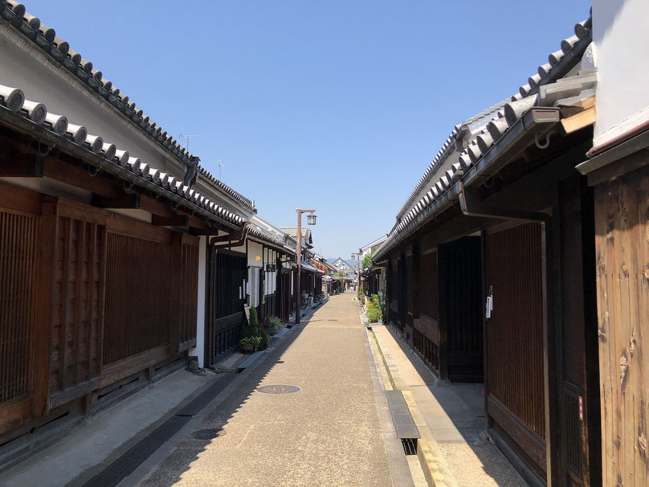今井町の歴史 今井町 本町筋 今西家 Japan nara kasihara imaicho  Autonomous town   Main Street In ground-ization of wire
