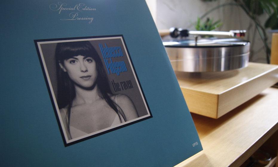"""Vinyl Schallplatte Rebecca Pidgeon """"The Raven"""" mit Plattenspieler Noveau Verdier"""