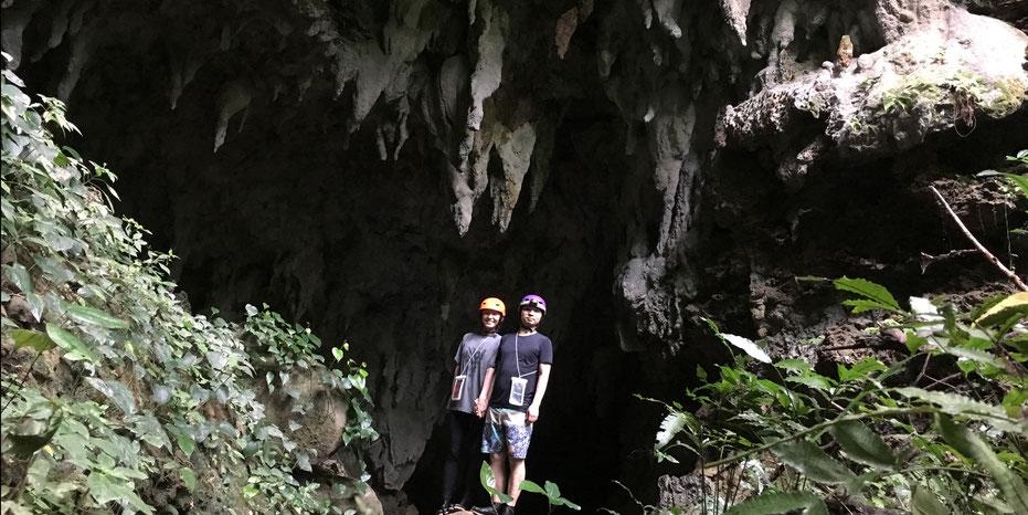 西表島・ガイドにおまかせツアー【マングローブカヌー&沢遊び+鍾乳洞】