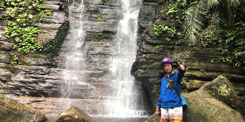 西表島・ガイドにおまかせツアー【マングローブカヌー&沢・滝遊び+鍾乳洞】