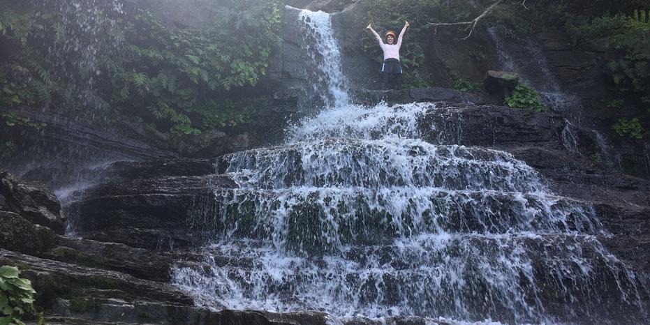 西表島・ガイドにおまかせツアー【マングローブカヌー&沢・滝遊び】