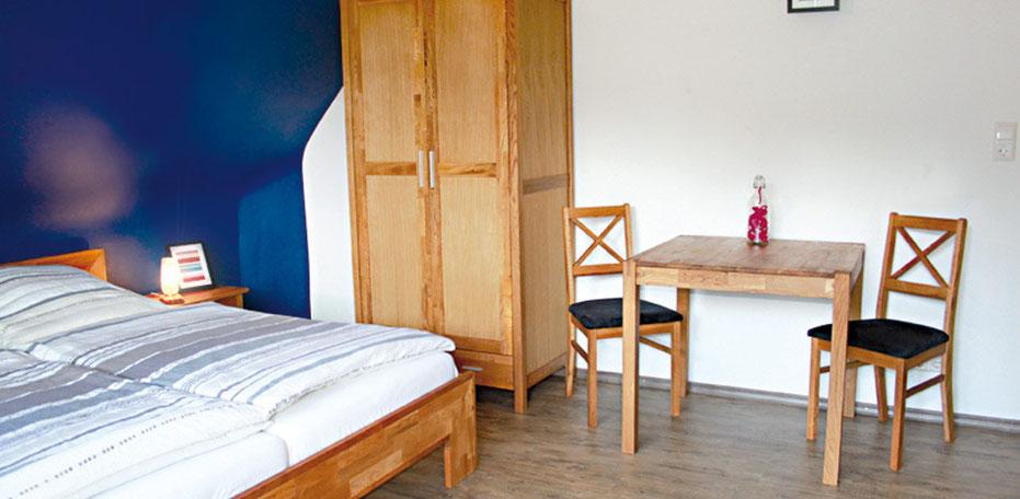 Zimmer Cafe Pfaus Mühlenbach Heidburg