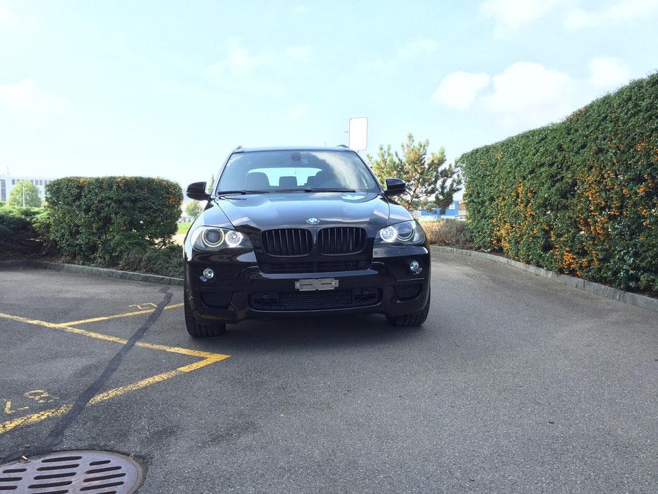 LED für BMW Angel Eyes weiss oder farbig mit FB hier an einem BMW X5 E70