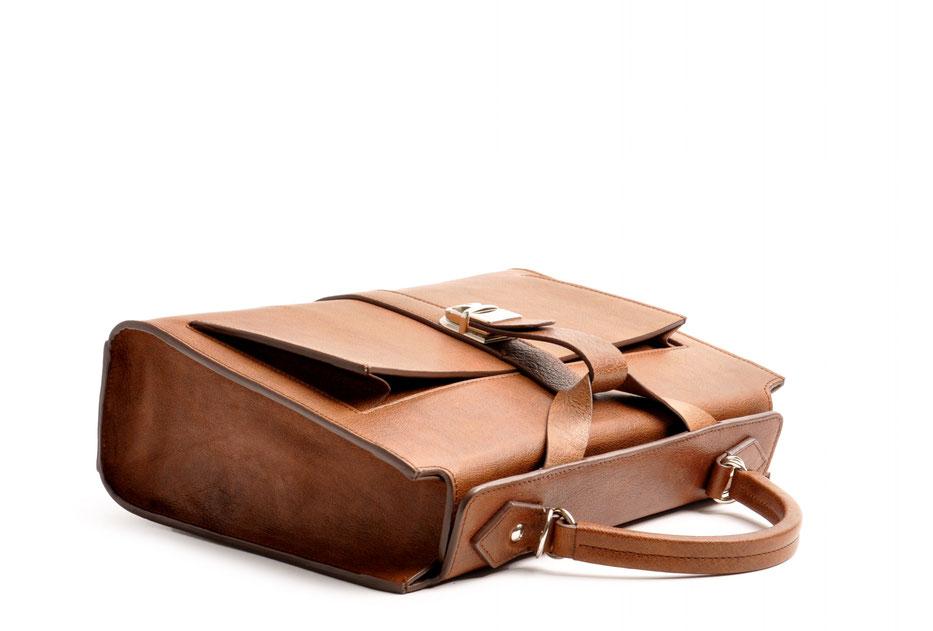 Taschenmodell COLETTE Henkeltasche inkl. Schulterriemen Farbe braun OWA Tracht Ledertasche braun im Vintage-Look versandkostenfrei kaufen