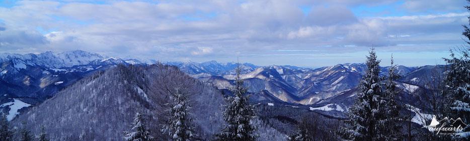 Ausblick vom Almkogel (Großraming) in Richtung Sengsengebirge
