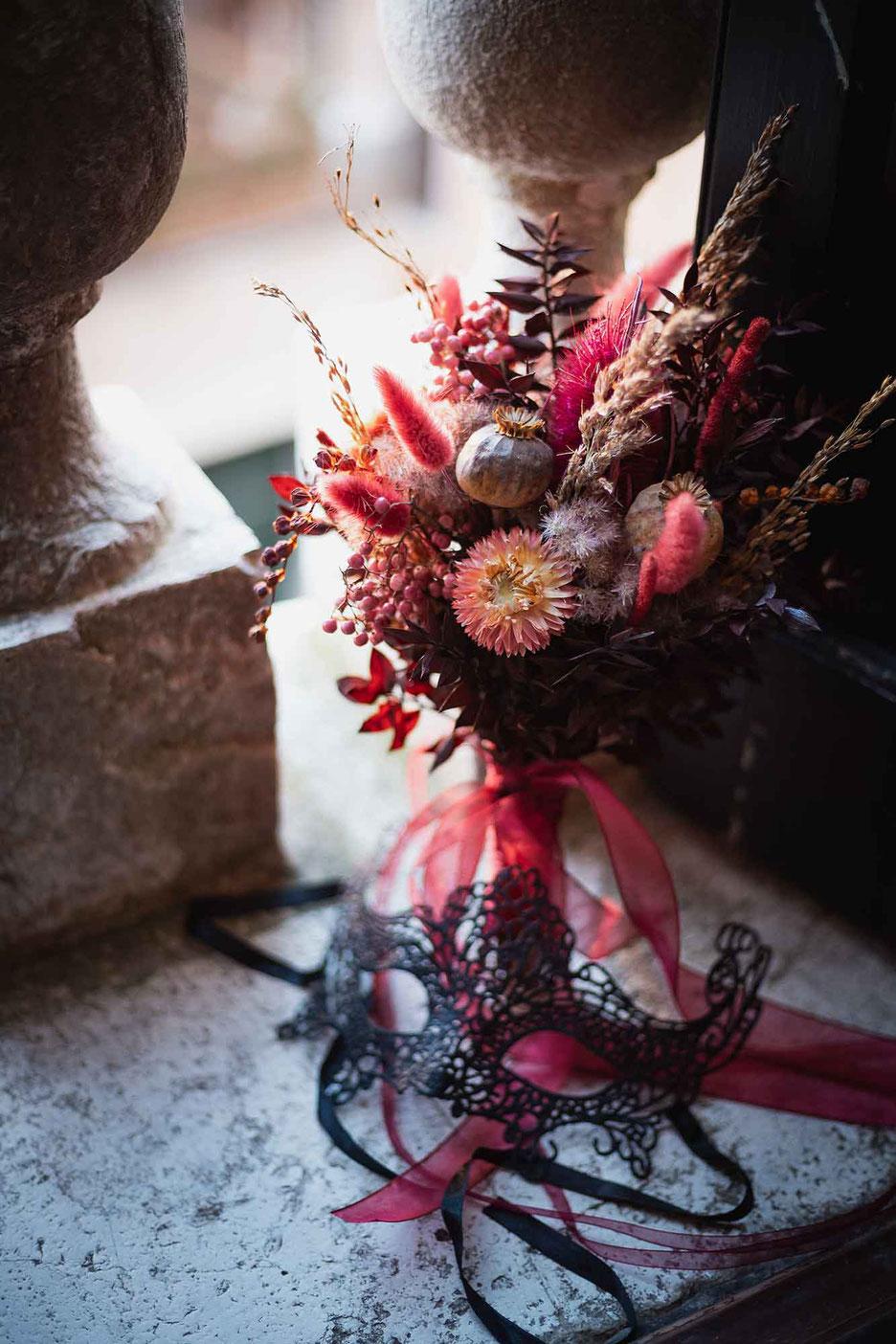 Brautstrauß Stilblüte