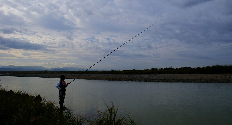 RUDOW8500本流竿でのサケ釣り