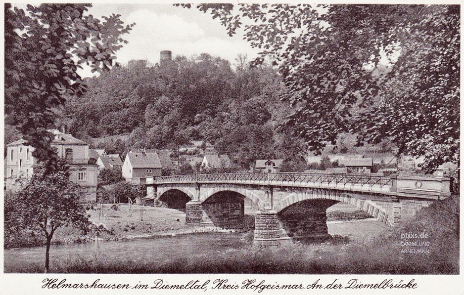 Diemelbrücke in Helmarshausen - eine Ansichtskarte wohl aus den 1930er Jahren