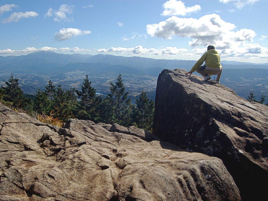 知る人ぞ知る恵那の絶景スポット、物見岩。見た目通り危ないので転落等注意