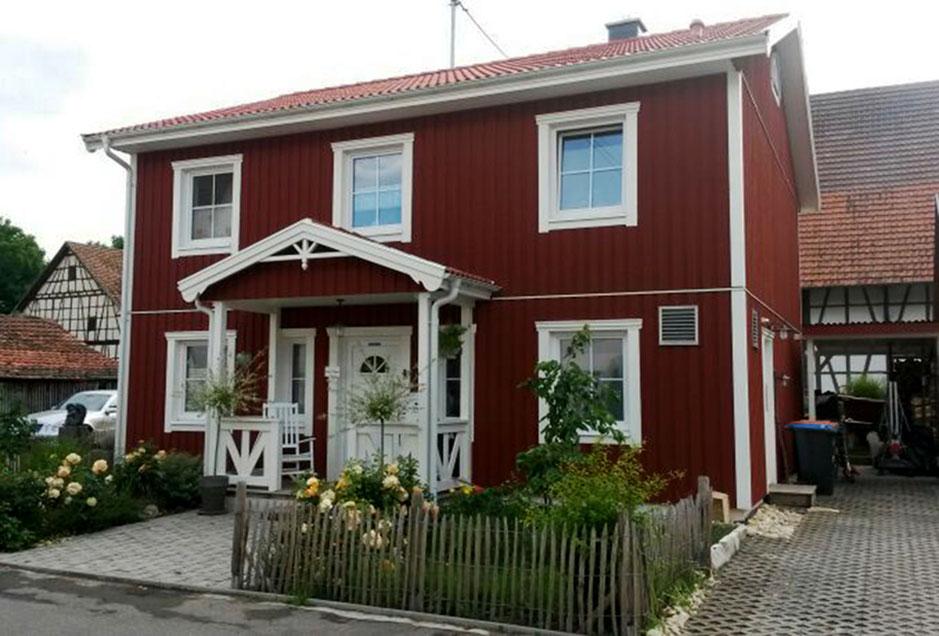 Referenzhaus Holzhaus im Schwedenstil Modell Nordkap Stadtvilla von Berg