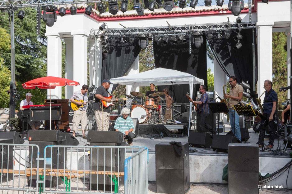 Arthur Adams Blues Band dans l'après-midi pendant la balance. Photo Alain Hiot. 2015.