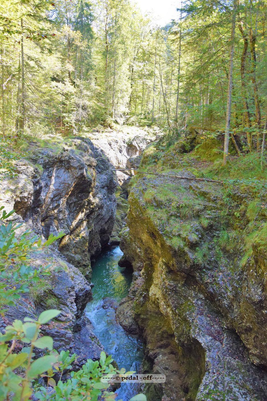 Wasser See Fluss fließend Natur Outdoor Naturfotographie sylvenstein speichersee isar walchen walgau bodeguero steinspiel